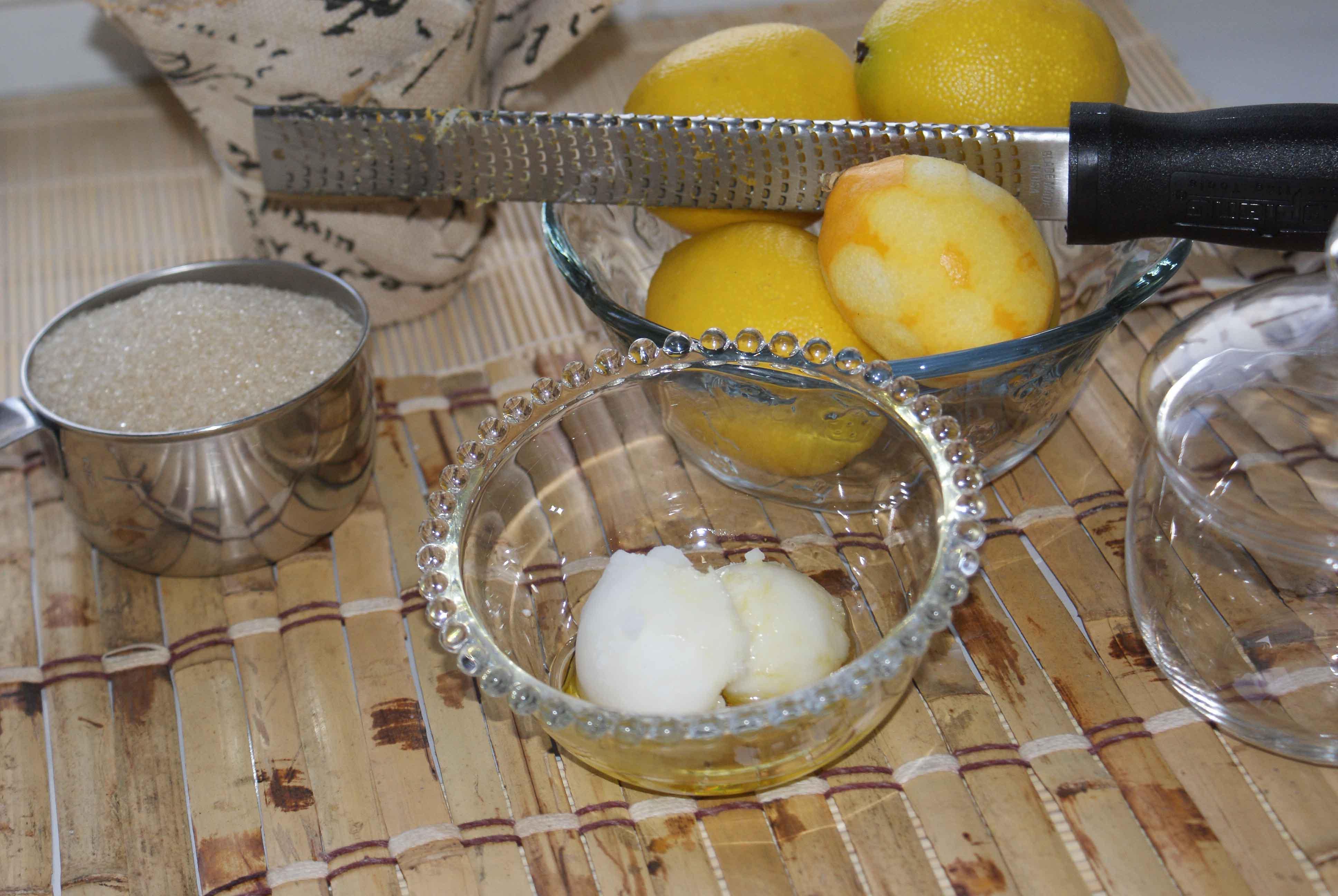 Making Bath Salts & Sugar Scrub.